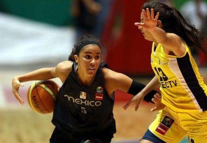 Ecuador dejó en el camino a la selección femenil mexicana de basquetbol. (Foto de Notimex)