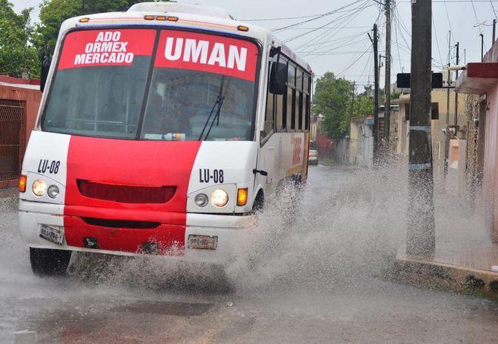 Para Yucatán el pronóstico la noche del 15 de septiembre es de lluvias moderadas. (Luis Pérez/SIPSE)
