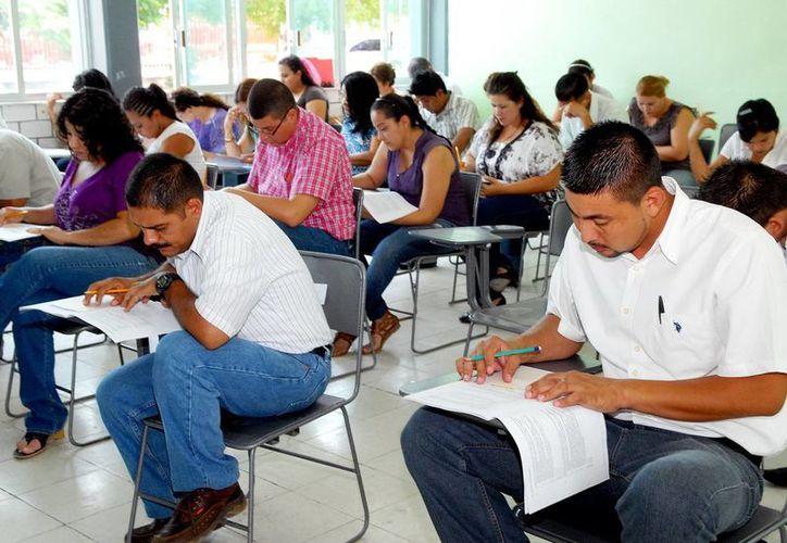 Las evaluaciones a los maestros de educación básica en Yucatán iniciaron el pasado tres de julio. Participan más de dos mil 300 docentes. (SIPSE)
