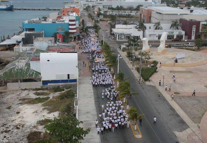 El desfile del Día del Trabajo de este año, tuvo una participación mayor que el de 2013.  (Julian Miranda/SIPSE)