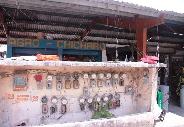 Varios locales se encuentran afectados luego de varios años de haberse edificado. (Edgardo Rodríguez/SIPSE)