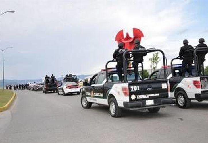 La Fiscalía General de Jalisco y autoridades de Michoacán iniciaron operativos conjuntos en los municipios colindantes entre los dos estados, a fin de inhibir la comisión de delitos y proporcionar mayor seguridad a los habitantes de la zona limítrofe. (Notimex)
