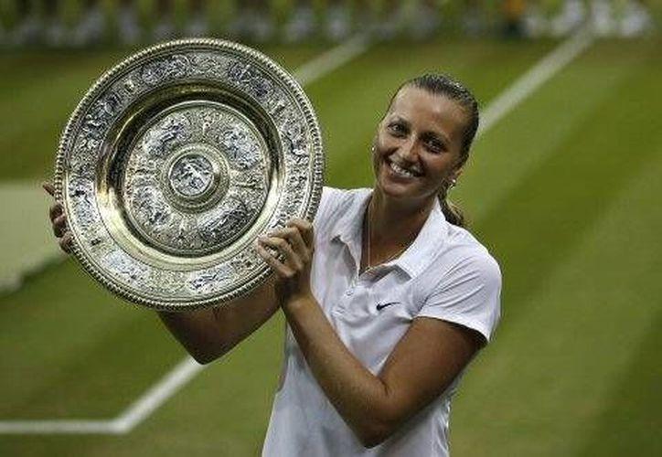 La checa Petra Kvitova asciende al número cuatro del ranking de la Asociación Femenil de Tenis. (Foto: AP)