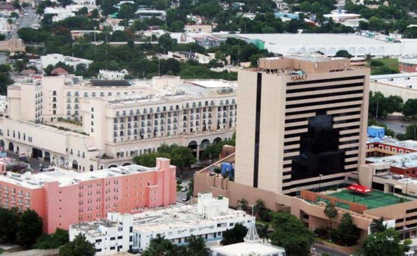 De acuerdo con la CMHY, la ocupación hotelera en Mérida aumentó poco más de 12 por ciento en el verano 2016. (Archivo/SIPSE)