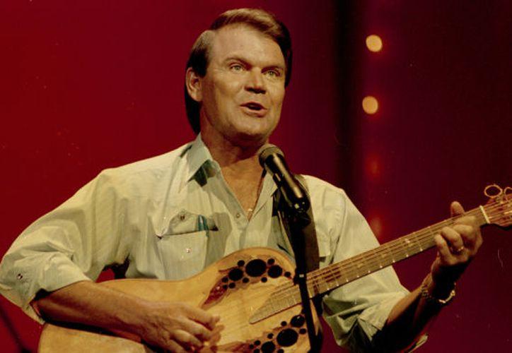Glen ganó seis premios Grammy y tuvo nueve números uno durante su carrera de más de 50 años. (Foto: Variety)
