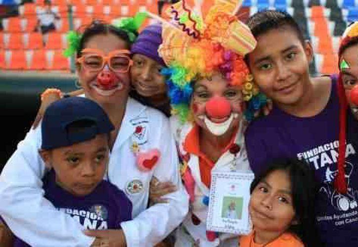 Los médicos de la fundación acompañaron a los niños en todo momento. (Redacción/SIPSE)