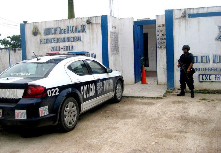 El nuevo sistema de justicia penal adversativa ha puesto en predicamento a las corporaciones policíacas municipales en el estado. (Javier Ortiz  / SIPSE)