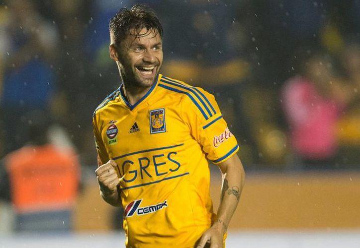 Rafael Sobis dio el empate 1-1 a Tigres de la UANL, que calificó a cuartos de final de Copa Libertadores por global de 3-2 sobre Universitario Sucre. (telediario.mx)