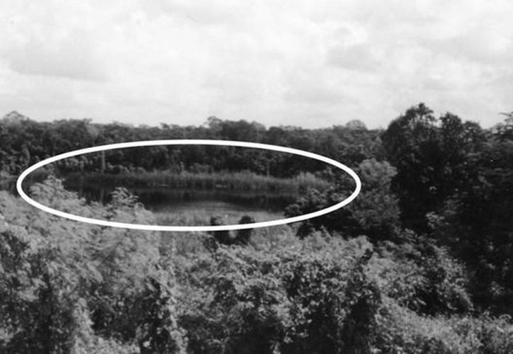 El extraño caso del OVNI ocurrió el  23 de octubre del año 2004 en el cenote Yaal Chaac (ubicado en  la carretera Mérida-Muna, a pocos kilómetros después del municipio de Abalá). (Jorge Moreno)