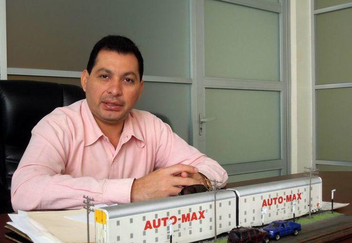 Ernesto Sonda Castro, líder de los ferrocarrileros locales, afirma que los yucatecos sólo necesitan capacitación. (Milenio Novedades)