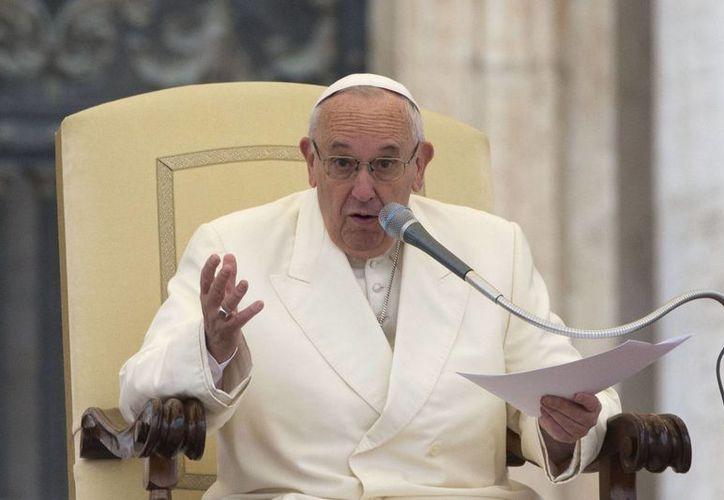 Francisco pronunció su discurso durante la audiencia general que celebró en la Plaza de San Pedro, en el Vaticano el pasado miércoles. (Foto AP/Andrew Medichini)
