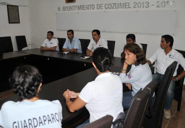 El comité organizador se reunión para afinar detalles sobre el programa.  (Redacción/SIPSE)