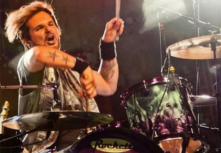 El baterista de la banda Poison confirmó que tuvo serios problemas con el cáncer de lengua durante varios meses, por eso tuvo que completar sesiones de quimioterapia para poder vencer a la enfermedad. (Excélsior)
