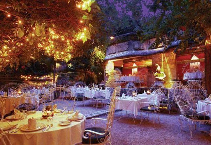 En la lista se encuentran La Habichuela, Peter's Restaurante, La Dolce Vita y Du Mexique. (Redacción/SIPSE)