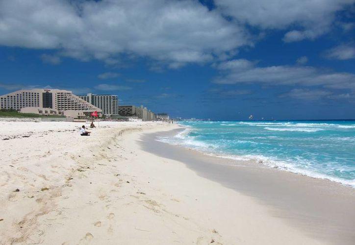 Las playas de Quintana Roo han sufrido de la erosión de sus arenales, situación que las autoridades quieren contrarrestar. (Contexto/Internet)