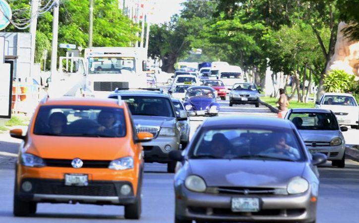 El costo de una póliza va desde los dos mil a los 11 mil pesos, dependiendo del modelo del automóvil y el tipo de cobertura. (Milenio Novedades)