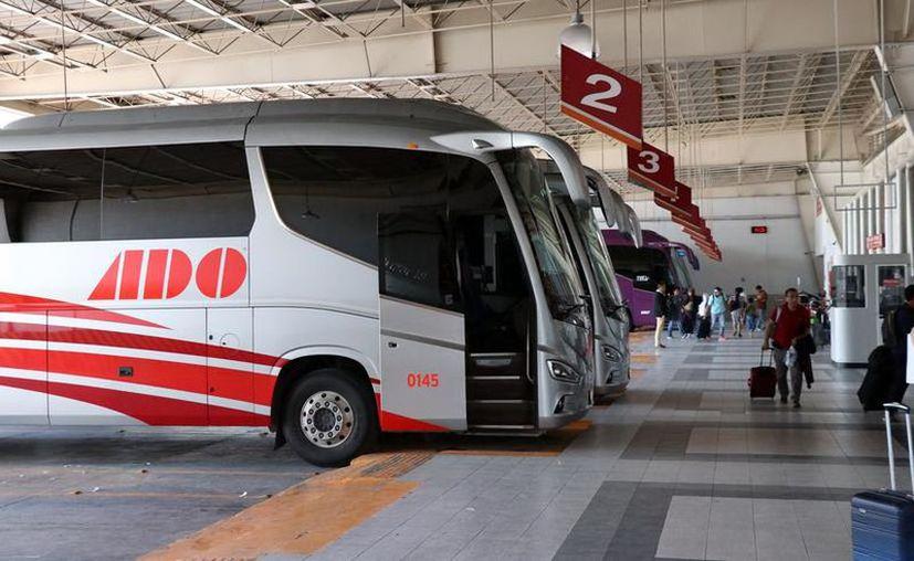 Ante la falta de viajeros ADO disminuyó el número de viajes que realiza en la región. (Novedades Yucatán)