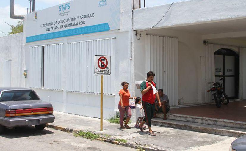 El Congreso, el Poder Judicial y la Secretaría del Trabajo y Previsión Social estudian la conformación de las iniciativas de ley. (Joel Zamora/SIPSE)