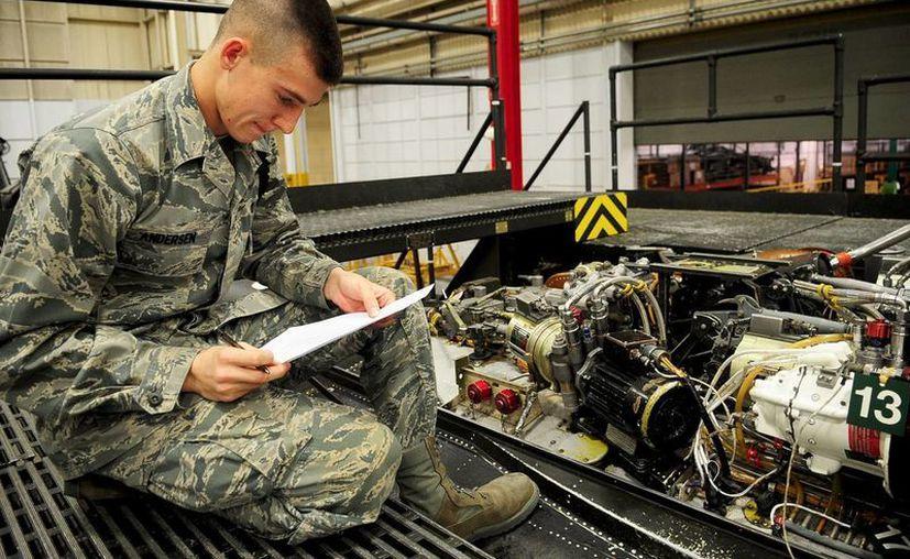 Los fraudes en los exámenes de la Fuerza Aérea iniciaron en 2011 y se prolongaron por dos años. (jble.af.mil)