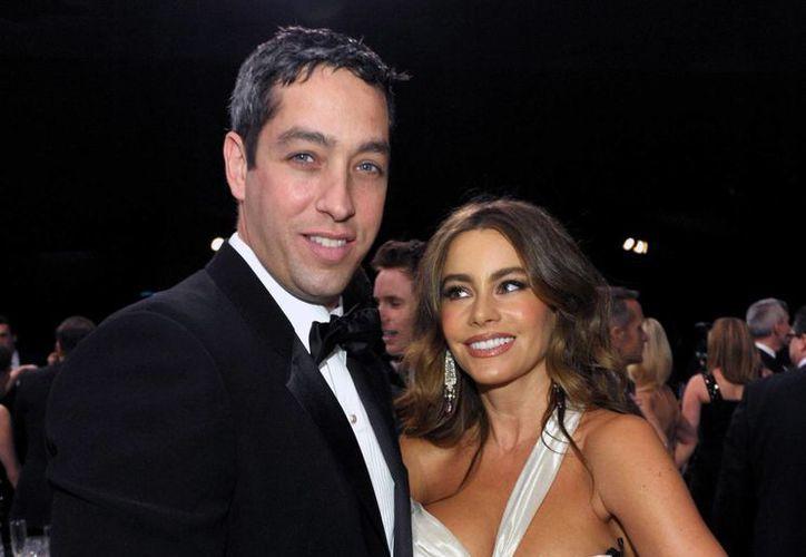 El empresario Nick Loeb y la actriz Sofía Vergara en foto de archivo de 2013, cuando eran pareja. El parece estar más interesado que ella en salvaguardar los embriones congelados de ambos. (Foto: AP)