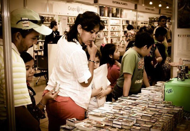 Convocan a los profesionales o aficionados a la fotografía a exponer en la  Feria Internacional de la Lectura Yucatán. (Milenio Novedades)