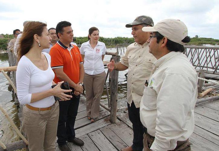 Visitaron diversos lugares de la Isla de las Golondrinas. (Cortesía/SIPSE)