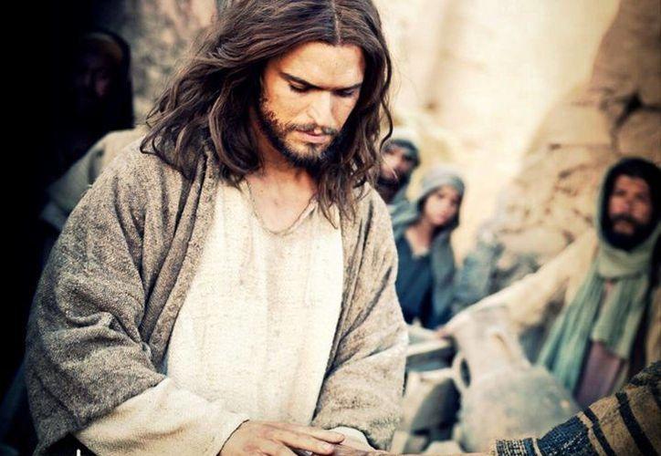 """El actor portugués Diogo Morgado dio vida a Jesús en la serie de televisión """"The Bible"""" de History Channel, de donde nació el filme """"Son of God"""". (Facebook/Son Of God)"""