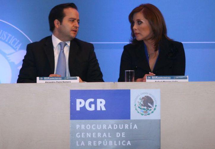 El secretario de Gobernación, Alejandro Poiré y la procuradora Marisela Morales. (Archivo/Notimex)