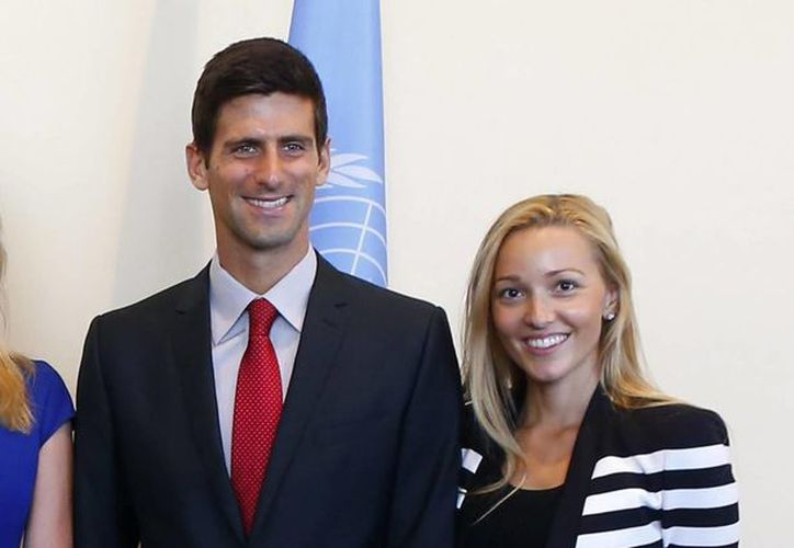 Djokovic pidió a los invitados destinar el dinero planeado para regalos a un fondo humanitario. (EFE)