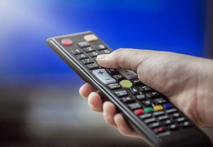El apagón analógico en Tecate y Chihuahua se da una vez que se acreditó la penetración digital en 90 por ciento de los hogares definidos por Sedesol. Imagen de contexto. (unocero.com)