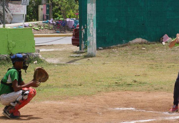 El equipo de 11-12 años ha disputado dos duelos amistosos. (Ángel Villegas/SIPSE)