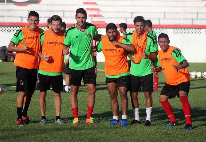Los Pioneros de Cancún en su presentación en casa lograron una cómoda victoria al son de 3 a 1 sobre Puebla FC. (Redacción/SIPSE)