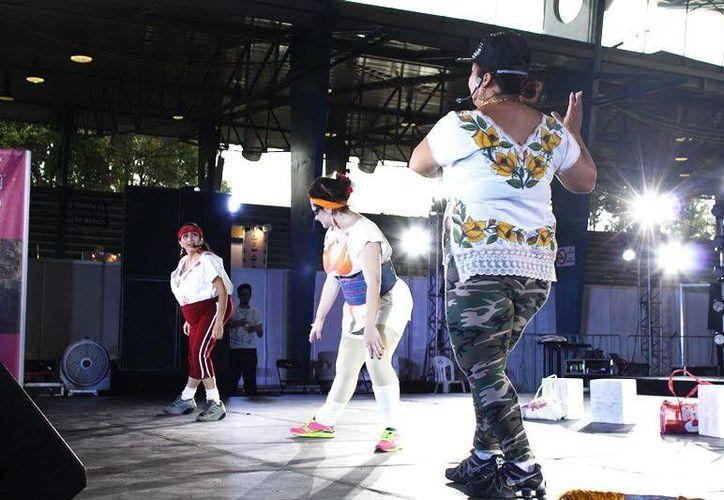 La obra de Conchi León atrapó  al público en el Palacio de los Deportes, en la Semana de Yucatán en México, con la obra 'Las Puruxonas de Dzemul'. (Milenio Novedades)