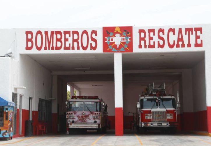 Estarán resguardando el evento los 144 elementos que integran el departamento de Bomberos en el municipio de Benito Juárez. (Israel Leal/SIPSE)