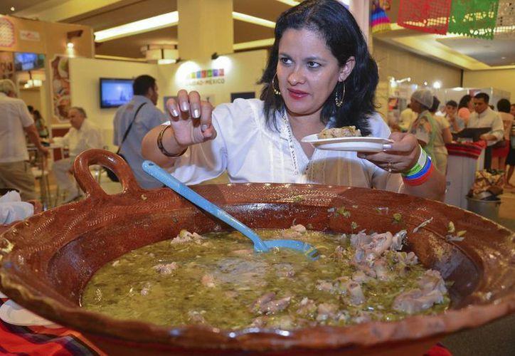 Platillos de todas las regiones de México se encuentran en el Foro Mundial de la Gastronomía Mexicana. (Notimex)