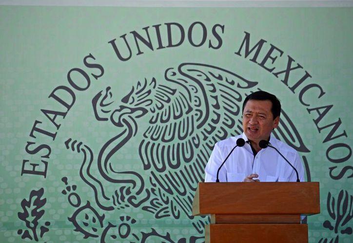 El secretario de gobernación, Miguel Osorio Chong, se comprometió a recapturar a 'El Chapo' Guzmán. (Archivo/EFE)