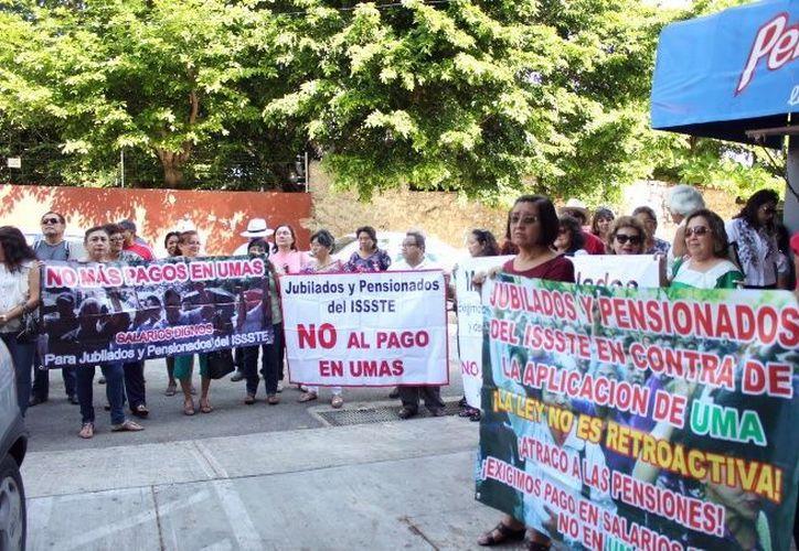 Jubilados alistan petición para AMLO. (Milenio Novedades)