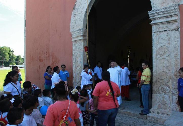 Beneficio 'doble' para la comunidad de Homún: bazar a precios bajos y la construcción de un dispensario médico. (SIPSE)