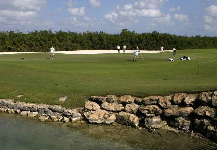 Los mejores exponentes del estado tomarán parte en el Primer Torneo de Golf A Go-Go Latitud 21. (Redacción/SIPSE)