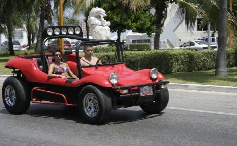 Los turistas dejaron de ser blanco de las extorsiones de los policías de tránsito. (Archivo/SIPSE)