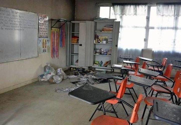 Al rededor de 30 escuelas de Tierra Caliente de Guerrero han cerrado sus puertas ante la violencia que existe en la zona. (twitter.com/JoseAOrtega)