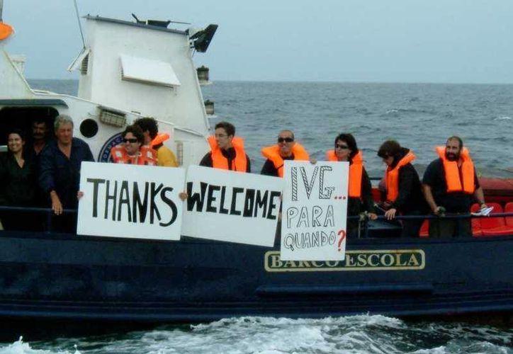 Women on Waves espera permanecer cerca de Guatemala al menos cinco días. (Facebook/Women on Waves)