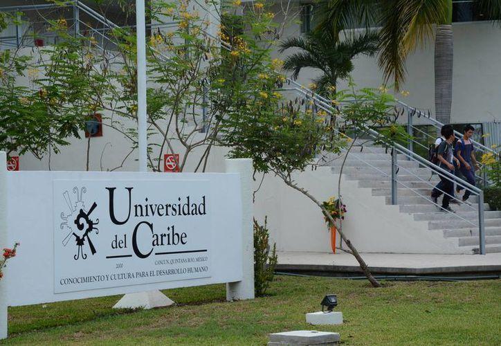Los cursos iniciaron el pasado lunes y concluirán el 31 de julio en la Unicaribe. (Victoria González/SIPSE)