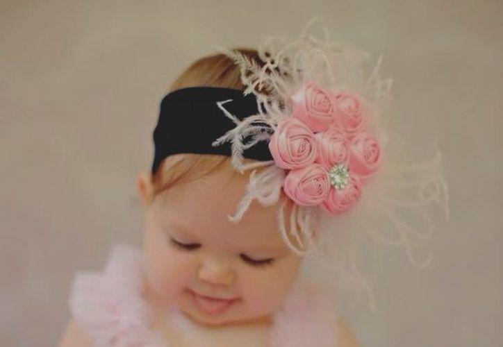 El uso de adornos en el peló de los bebés puede provocarles algunos problemas, (Foto: Ncgbc)