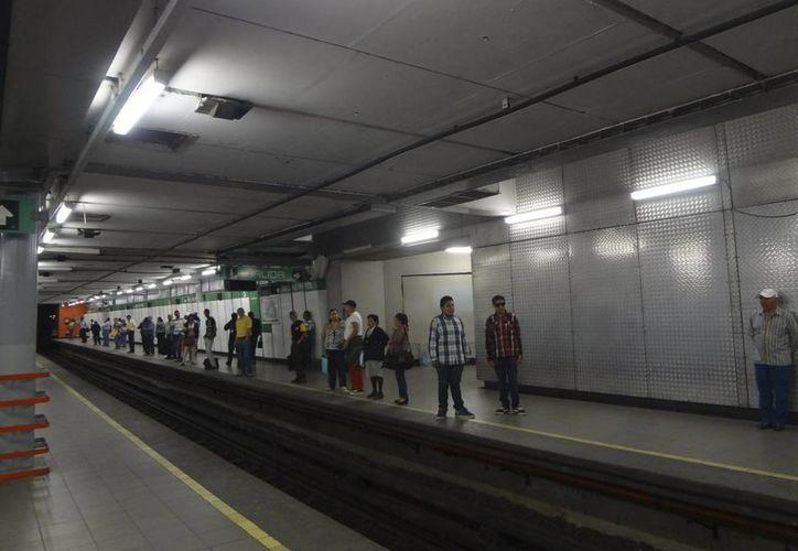 Diputados del DF se comprometieron a dar nombres de los implicados en el cierre de la Línea 12. (Archivo/Notimex)