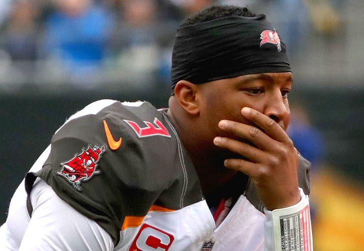 Jameis Winston no jugará ante New Orleans, Philadelphia y Pittsburgh.   (Foto: Sporting News)