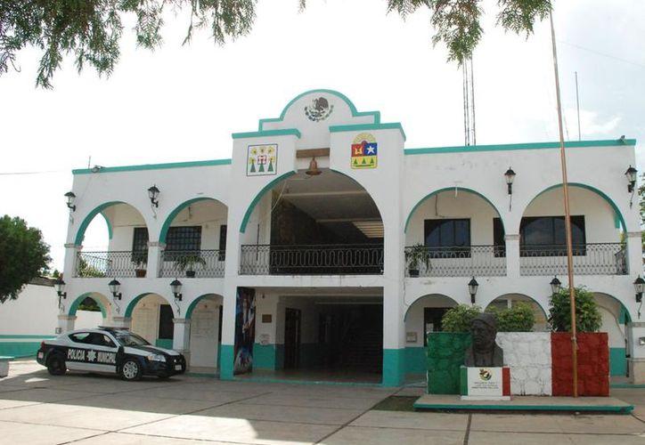 El ayuntamiento está dispuesto a iniciar un proceso legal contra la Comisión Nacional bancaria y de Valores. (Joel Zamora/SIPSE)