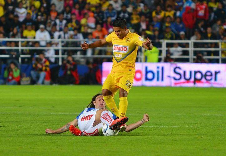 Con más fuerza que técnica, América sacó 3 puntos del estadio del Pachuca. (Agencias)