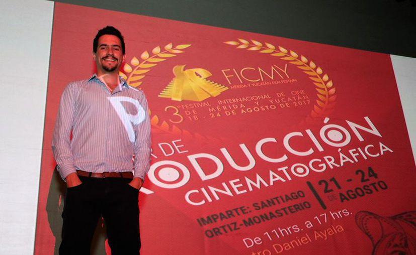 El taller de producción cinematográfica se realiza con la presencia del productor Santiago Ortiz Monasterio. (Daniel Sandoval/Milenio Novedades)