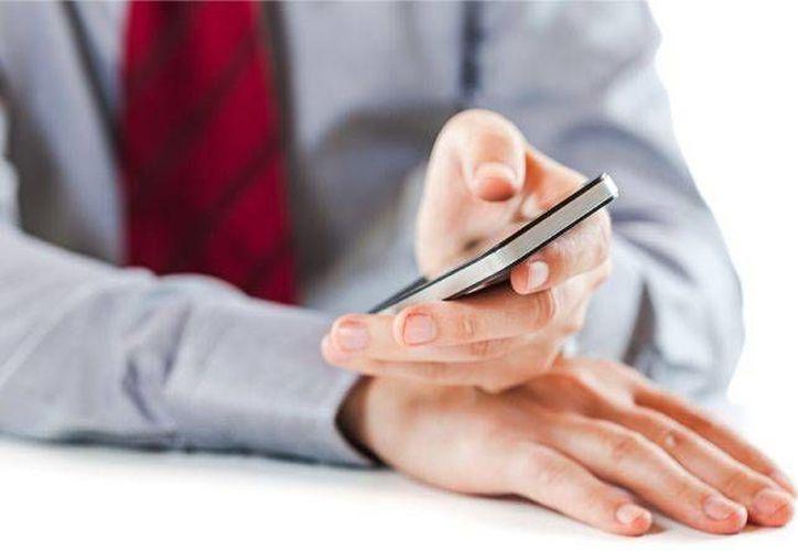 El estudio revela que el 74 por ciento de usuarios prefiere descargar dichas aplicaciones a través de su smartphone. (publimetro.pe)